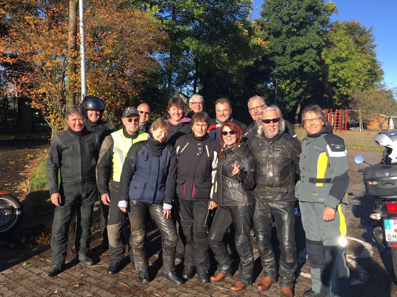 Vor dem Start in eine sehr sonnige und sehr schöne Tour Richtung Neustadt und dem Bungsberg